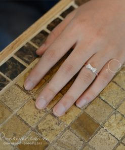 Nhẫn bạc nơ đá