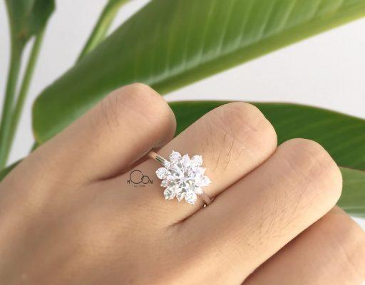 Nhẫn bạc hoa đá
