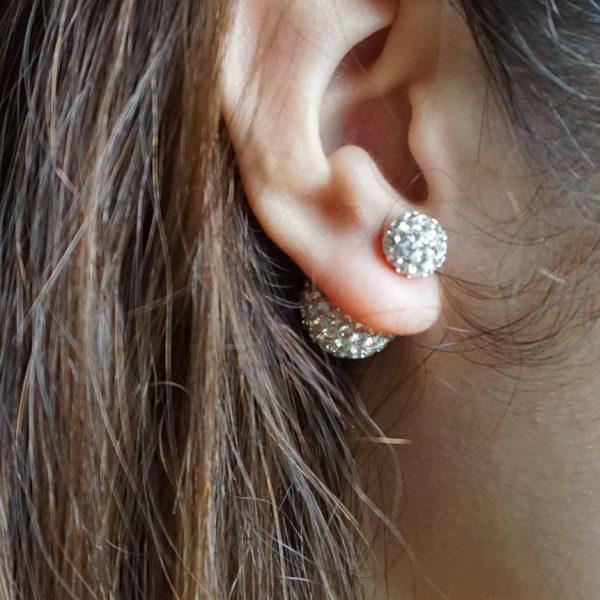 Khuyên Dior đính đá