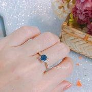 Nhẫn đá xanh chủ 4 chấu
